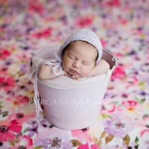Toquinha de lã Lilás  Newborn